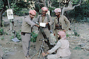 Iraq 1985  In the liberated areas, miliytary training of peshmergas on weapons   Iraqk 1985  Entrainement de peshmergas sur des armes dans les zones liberees
