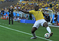 BELO HORIZONTE - BRASIL -14-06-2014. Pablo Armero jugador de Colombia (COL) en acción durante partido del Grupo C contra  Grecia (GRC) por la Copa Mundial de la FIFA Brasil 2014 jugado en el estadio Mineirao de Belo Horizonte./ Pablo Armero player of Colombia (COL) in action during the Group C match against Grece (GRC) dfor the 2014 FIFA World Cup Brazil played at Mineirao stadium in Belo Horizonte. Photo: VizzorImage / Alfredo Gutiérrez / Contribuidor