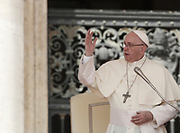 Papa Francesco tiene l'udienza generale del mercoledi' in Piazza San Pietro, Citta' del Vaticano, 30 agosto, 2017.<br /> Pope Francis leads his weekly general audience in St. Peter's Square at the Vatican at the Vatican on August 30, 2017.<br /> UPDATE IMAGES PRESS/Isabella Bonotto<br /> <br /> STRICTLY ONLY FOR EDITORIAL USE