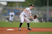 Edgewood Eagles Zack Creekmore (10) during the first game of a doubleheader against the UW-Stout Blue Devils on March 16, 2015 at Lee County Player Development Complex in Fort Myers, Florida.  UW-Stout defeated Edgewood 6-1.  (Mike Janes/Four Seam Images)