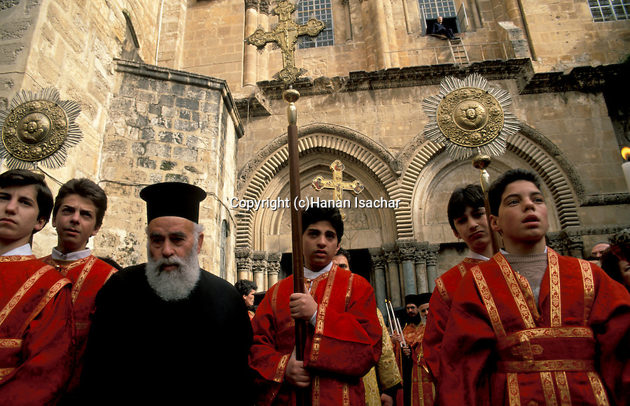 Israel, Jerusalem, Easter, Greek Orthodox ceremony at the Church of the Holy Sepulchre on Holy Thursday
