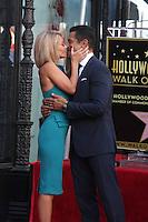 LOS ANGELES - OCT 12:  Kelly Ripa, Mark Consuelos at the Kelly Ripa Hollywood Walk of Fame Ceremony at the Hollywood Walk of Fame on October 12, 2015 in Los Angeles, CA