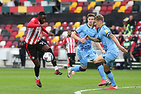 Josh DaSilva of Brentford takes on the Coventry City defence during Brentford vs Coventry City, Sky Bet EFL Championship Football at the Brentford Community Stadium on 17th October 2020