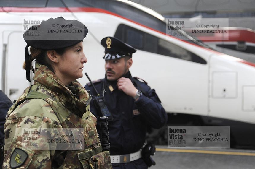 - Milano Stazione Centrale, servizio di sicurezza antiterrorismo<br /> <br /> - Milan Central Station, anti-terrorism security service