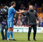Derek McInnes and goalscorer Andrew Considine