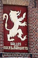 Europe/France/Nord-Pas-de-Calais/59/Nord/ Bollezeele:  Lion des Flandres à la façade d'un café