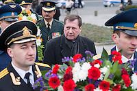 """Angehoerige der russischen Streitkraefte, und Berliner Russen begingen am Montag den 23. Februar 2015 den sog. """"Tag des Befreiers des Vaterlandes"""" (frueher """"Tag des Rotarmisten"""" und """"Tag der sowjetischen Streitkraefte"""") am sowjetischen Ehrenmal in Berlin-Tiergarten. Der Feiertag geht auf den """"Befehl 95"""" des Revolutionsfuehres Lenin zurueck. An der Feierlichkeit nahmen auch Mitglieder der Juedischen Gemeinde zu Berlin sowie Militaers der Bundeswehr, aus Guinea, China, Indien und Grossbritannien teil.<br /> Im Bild: Der Russische Botschafter Wladimir Grinin.<br /> 23.2.2015, Berlin<br /> Copyright: Christian-Ditsch.de<br /> [Inhaltsveraendernde Manipulation des Fotos nur nach ausdruecklicher Genehmigung des Fotografen. Vereinbarungen ueber Abtretung von Persoenlichkeitsrechten/Model Release der abgebildeten Person/Personen liegen nicht vor. NO MODEL RELEASE! Nur fuer Redaktionelle Zwecke. Don't publish without copyright Christian-Ditsch.de, Veroeffentlichung nur mit Fotografennennung, sowie gegen Honorar, MwSt. und Beleg. Konto: I N G - D i B a, IBAN DE58500105175400192269, BIC INGDDEFFXXX, Kontakt: post@christian-ditsch.de<br /> Bei der Bearbeitung der Dateiinformationen darf die Urheberkennzeichnung in den EXIF- und  IPTC-Daten nicht entfernt werden, diese sind in digitalen Medien nach §95c UrhG rechtlich geschuetzt. Der Urhebervermerk wird gemaess §13 UrhG verlangt.]"""