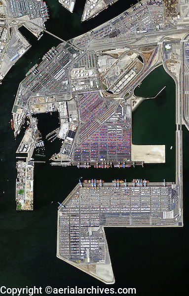 aerial photo map of the Port of Los Angeles, California, 2009.  For more recent aerial photography of the Port of Los Angeles, please contact Aerial Archives.