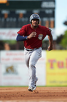 Mahoning Valley Scrappers first baseman Emmanuel Tapia (28) running the bases during the first game of a doubleheader against the Batavia Muckdogs on August 17, 2016 at Dwyer Stadium in Batavia, New York.  Mahoning Valley defeated Batavia 10-3.  (Mike Janes/Four Seam Images)