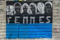 Europe/ile de France/Paris/75011:Rue Oberkampf  , Tag Hommage au role des femmes immigrées dans notre société raciste  // Europe / Ile de France / Paris / 75011: Rue Oberkampf, Tag Homage to the role of immigrant women in our racist society