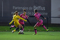 Standard forward Davinia Vanmechelen (25) pictured during a female soccer game between Sporting Charleroi and Standard Femina de Liege on the sixth matchday of the 2020 - 2021 season of Belgian Scooore Womens Super League , friday 6 th of November 2020  in Marcinelle , Belgium . PHOTO SPORTPIX.BE | SPP | STIJN AUDOOREN