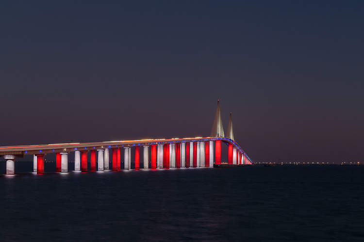 Sunshine Skyway Bridge | HLB Lighting