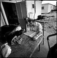 Shirat Ayam Settlement, Gaza strip Israel, Aug. 2005 .Studying the Torah, hours before the evacuation.