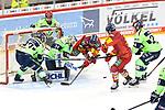 Eishockey DEL 37. Spieltag: Düsseldorfer EG vs <br /> ERC Ingolstadt am 07.04.2021 im ISS Dome in Düsseldorf<br /> <br /> Save von Ingolstadts Torhüter Michael Garteig (Nr.34) gegen Düsseldorfs Alexander Karachun (Nr.24)<br /> <br /> Foto © PIX-Sportfotos *** Foto ist honorarpflichtig! *** Auf Anfrage in hoeherer Qualitaet/Aufloesung. Belegexemplar erbeten. Veroeffentlichung ausschliesslich fuer journalistisch-publizistische Zwecke. For editorial use only.