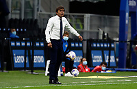 on:<br /> Calcio, Serie A: Inter Milano - AC Milan , Giuseppe Meazza (San Siro) stadium, in Milan, October 17, 2020.<br /> Inter's coach Antonio Conte speaks to his players during the Italian Serie A football match between Inter and Milan at Giuseppe Meazza (San Siro) stadium, October 17, 2020.<br /> UPDATE IMAGES PRESS/Isabella Bonotto