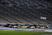 #51: Greg Biffle, Kyle Busch Motorsports, Toyota Tundra Toyota and #88: Matt Crafton, ThorSport Racing, Ford F-150 Chi-Chi's/Menards