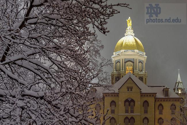 December 11, 2016; Main Building during snowfall (Photo by Matt Cashore/University of Notre Dame)