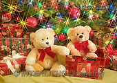 Marek, CHRISTMAS ANIMALS, WEIHNACHTEN TIERE, NAVIDAD ANIMALES, teddies, photos+++++,PLMP3307,#Xa# under Christmas tree,