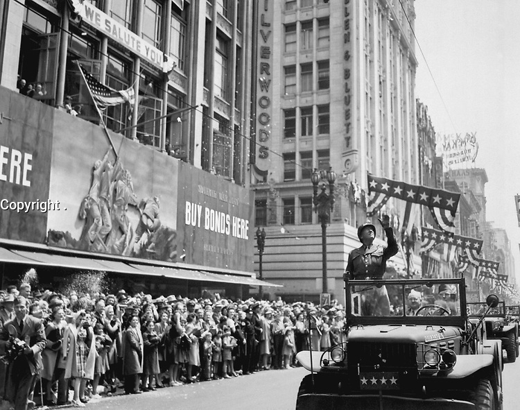 Patton during a welcome home parade in Los-Angeles, June 9, 1945