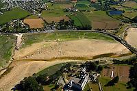 Limite des departements des Cotes-d'Armor et du Finistere, et source de polution.