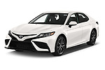2021 Toyota Camry SE 4 Door Sedan Angular Front automotive stock photos of front three quarter view
