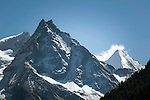 Switzerland, Canton Valais, Val d'Anniviers, near Zinal: left summit Besso, 3.668 m; right summit Ober Gabelhorn (Obergabelhorn), 4.063 m in the Valais Alps | Schweiz, Kanton Wallis, Val d'Anniviers, bei Zinal: links der Besso, 3.668 m; rechts das Ober Gabelhorn (Obergabelhorn), 4.063 m in den Walliser Alpen