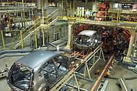 Armação de Carroceria da  Fábrica da Ford instalada no polo industrial do município de Camaçarí na Bahia montada para produção dos modelos Ecosport e Fiesta.<br />Foto Paulo Santos/Interfoto<br />09/06/2003