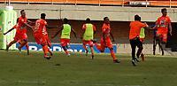 ENVIGADO- COLOMBIA, 23-02-2019: Jugadores de Envigado F. C., celebran el segundo gol anotado a Alianza Petrolera durante partido entre Envigado F. C. y Alianza Petrolera de la fecha 5 por la Liga BetPlay DIMAYOR II 2021, en el estadio Polideportivo Sur de la ciudad de Envigado. / Players of Envigado F. C., celebrate the second scored goal to Alianza Petrolera during a match between Envigado F. C., and Alianza Petrolera of the 5th date for the BetPlay DIMAYOR II League 2021 at the Polideportivo Sur stadium in Envigado city. / Photo: VizzorImage / Donaldo Zuluaga / Cont.