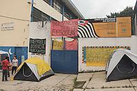SÃO PAULO,SP, 24.11.2015 - PROTESTO-SP - Estudantes ocupam a Escola Estadual Prof. Silvio Xavier Antunes no bairro de Pirituba, na zona oeste de São Paulo, em ato contra o fechamento de escolas e o plano de reestruturação do ensino proposto pelo governo Geraldo Alckmin (PSDB) para 2016, nesta terça-feira (24). (Foto: Marcio Ribeiro/Brazil Photo Press)