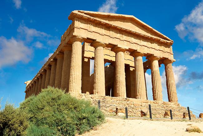 Greek Temple of Concordia, Agrigento, sicily