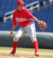 Philadelphia Phillies pitcher Ken Giles #35 during an Instructional League game against the Detroit Tigers at Brighthouse Field on October 5, 2011 in Clearwater, Florida.  (Mike Janes/Four Seam Images)