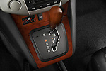 Gear shift detail view of a 2008 Lexus RX Hybrid