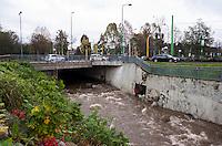 Milano, periferia nord. Il fiume Seveso al confine con Bresso --- Milan, north periphery. The river Seveso on the border with Bresso