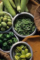Asie/Inde/Rajasthan/Jaipur: Etal de fruits et légumes place Chhoti Chaupar