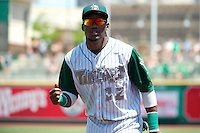 Fort Wayne TinCaps Yeison Asencio #12 during a game against the Lansing Lugnuts at Parkview Field on June 27, 2012 in Fort Wayne, Indiana.  Fort Wayne defeated Lansing 3-2.  (Mike Janes/Four Seam Images)