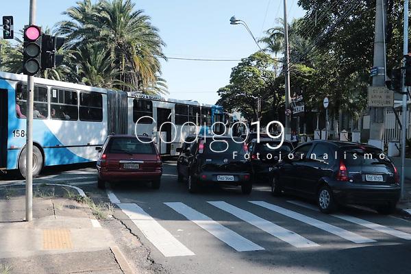 Campinas (SP), 27/01/2020 - Transito - Transito na manha desta segunda-feira (27), na av Prestes Maia e Av Joao Jorge, devido a obras no BRT. (FOTO: DENNY CESARE/CODIGO19)