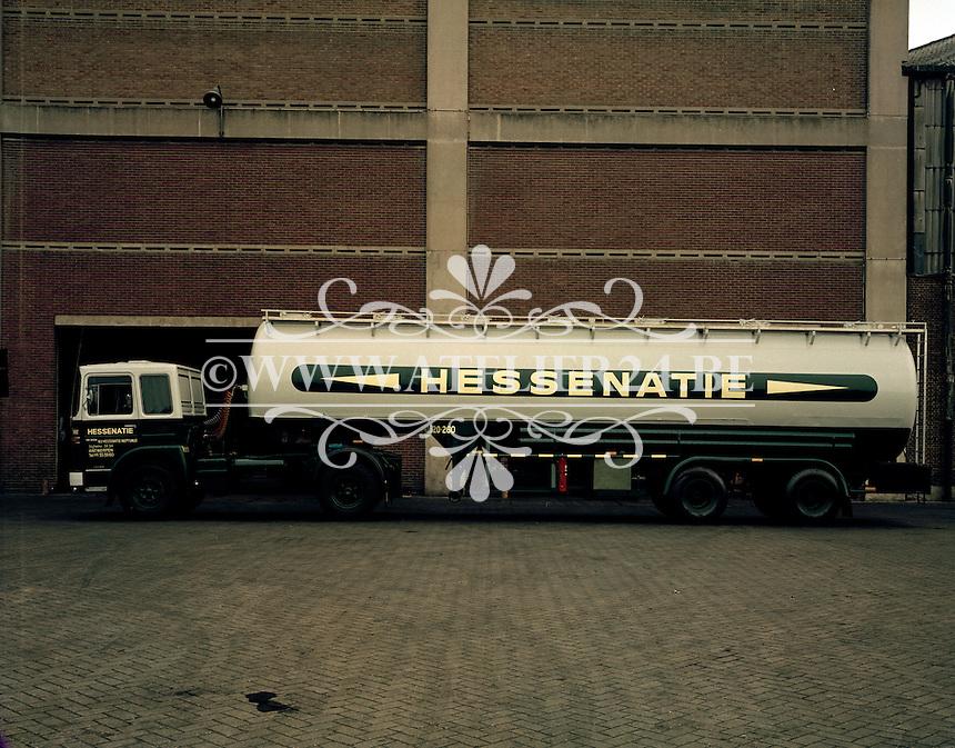 Juli 1973. Vrachtwagen Hessenatie.