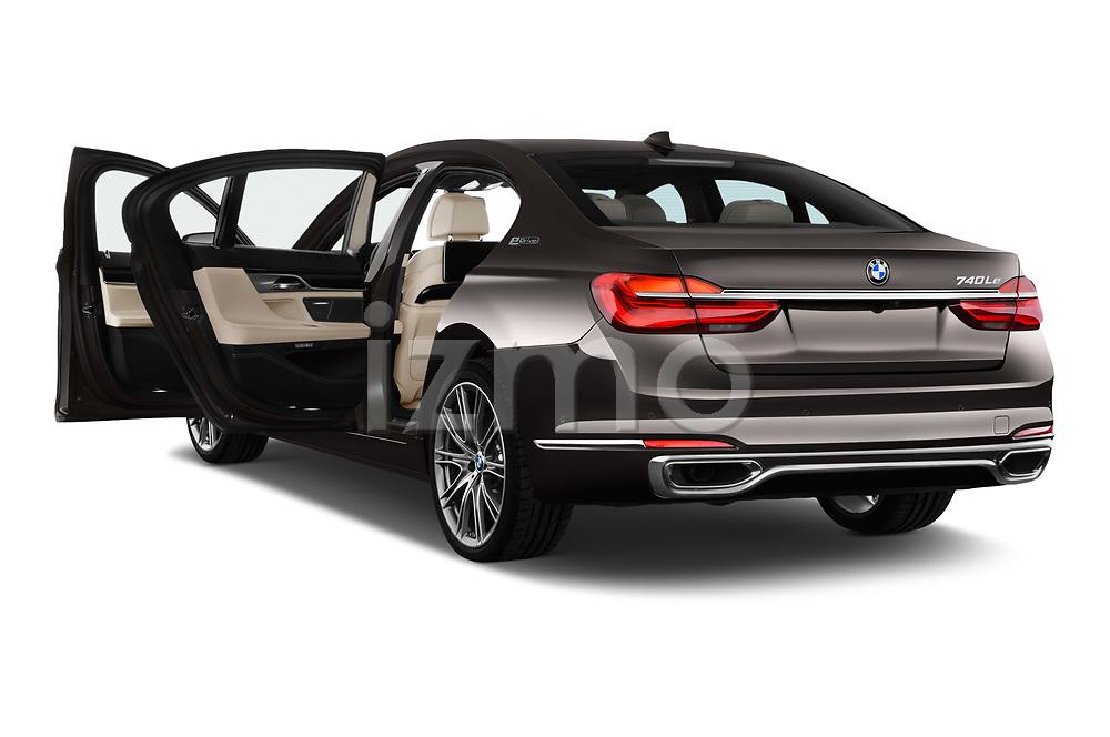 Car images of 2018 BMW 7-Series-Plug-In-Hybrid 740Le-iPerformance 4 Door Sedan Doors