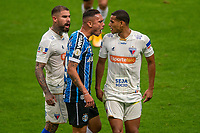 13th September 2020; Arena do Gremio Stadium, Porto Alegre, Brazil; Brazilian Serie A, Gremio versus Fortaleza; Luiz Fernando of Gremio in a verbal argument with Gabriel Dias and Juan Quintero of Fortaleza
