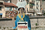 Pizzeria cafe resturant sign Pizza Italian pizza chef Italy 2017, 2010s HOMER SYKES