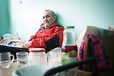 Vasile (43 Jahre) auf der TB-Station im Krankenhaus Chisinau.<br />Vasile war nach einem Misserfolg mit einer eigenen Firma mehrere<br />Jahre im Gefängnis und hat sich dort mit der Krankheit infiziert.<br />Seine zwei Kinder hat er seit Monaten nicht mehr gesehen, sie<br />leben bei ihrer Mutter in einem Dorf östlich der Hauptstadt. // Moldova is still the poorest country of Europe. Hopes to join the European Union are high. After progress in the past years tuberculosis is on the rise again. The number of new patients raise since 2010 and is on a level that has not been reached since the late 90s.