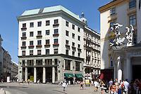 Raiffeisenbank im Looshaus,  Michaeler Platz, Wien, Österreich, UNESCO-Weltkulturerbe<br /> Raiffeisenbank in Loos house, Michaeler Platz, Vienna, Austria, world heritage
