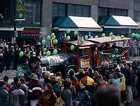 Defile de la  St-Patrick le 14 Mars 1999<br /> <br /> 1999 St-Patrick Day Parade in Montreal, CANADA<br /> <br /> PHOTO : Agence Quebec Presse - Pierre Roussel