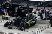 #66: Gradient Racing Acura NSX GT3, GTD: Till Bechtolsheimer, Marc Miller, pit stop