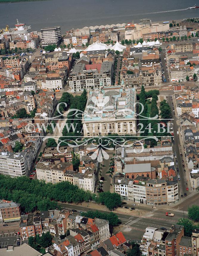 Augustus 1998. Museum van Schone Kunsten in Antwerpen.