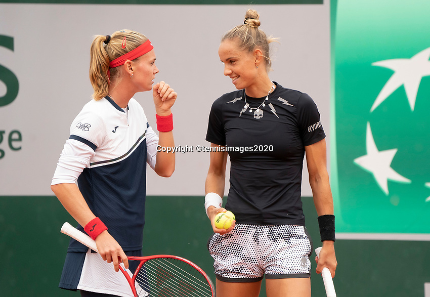Paris, France, 30 May, 2020, Tennis, French Open, Roland Garros, Womans doubles,: Arantxa Rus (NED) (R) and Marie Bouzkova  (CZE)<br /> Photo: Fred Mullane/tennisimages.com