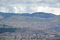 BOGOTÁ -COLOMBIA. Aspecto del sur de la ciudad de Bogotá, Colombia./ South side of the city Bogota, Colombia. Photo: VizzorImage/ Str