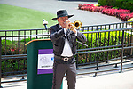 DEL MAR,CA-AUGUST 17: 08-17-18 Les kepics,the trumpeter, before announcement about 2021 Breeders' Cup at Del Mar at Del Mar Race Track on August 17,2018 in Del Mar,California (Photo by Kaz Ishida/Eclipse Sportswire/Getty Images)