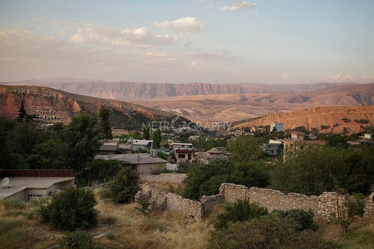 29/08/15. Shaqlawa, Iraq. -- A view of the mountains surrounding Shaqlawa.