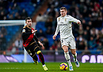 Toni Kroos of Real Madrid runs with the ball during the La Liga 2018-19 match between Real Madrid and Rayo Vallencano at Estadio Santiago Bernabeu on December 15 2018 in Madrid, Spain. Photo by Diego Souto / Power Sport Images